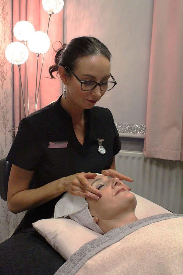 Award Winning Beauty Therapist, Oldham